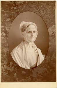 image of Lucretia Mott wearing traditional Quaker garb